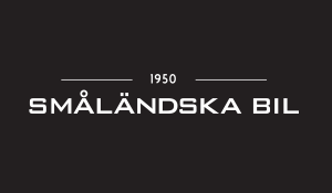 Småländska Bil logotype med svart platta